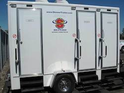 Combination restroom & shower trailer for rent